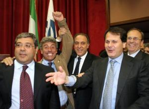 L'ex Ministro per le Politiche Agricole on. Saverio Romano con Totò Cuffaro, l'ex sindaco di Palermo e il segretario dell'UDC Lorenzo Cesa.